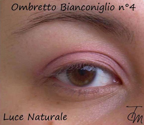 ombretto-bianconiglio-n4-luce-naturale-occhio-aperto