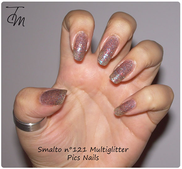 smalto multiglitter n pics nails swatch su intera mano