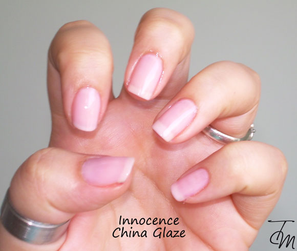 swatch-innocence-china-glaze-mano-intera
