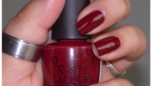 swatch OPI im suzi and im a chocoholic boccetta dritta