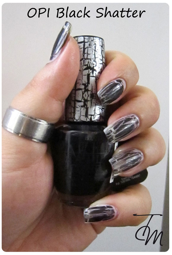swatch-opi-black-shatter