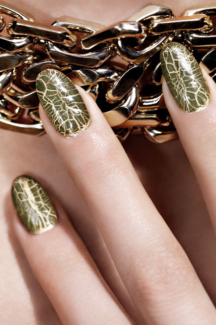 dior_nails_crocodile