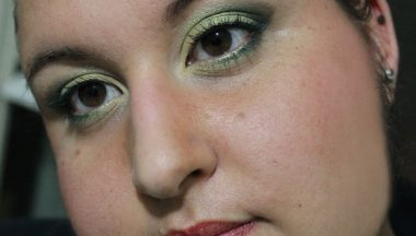 Make Up del Compleanno in Acid Green
